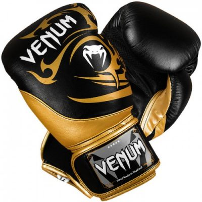 Боксерские перчатки Venum Tribal Boxing Gloves - Black/Gold (EU-VENUM-0675)(Фото 1)